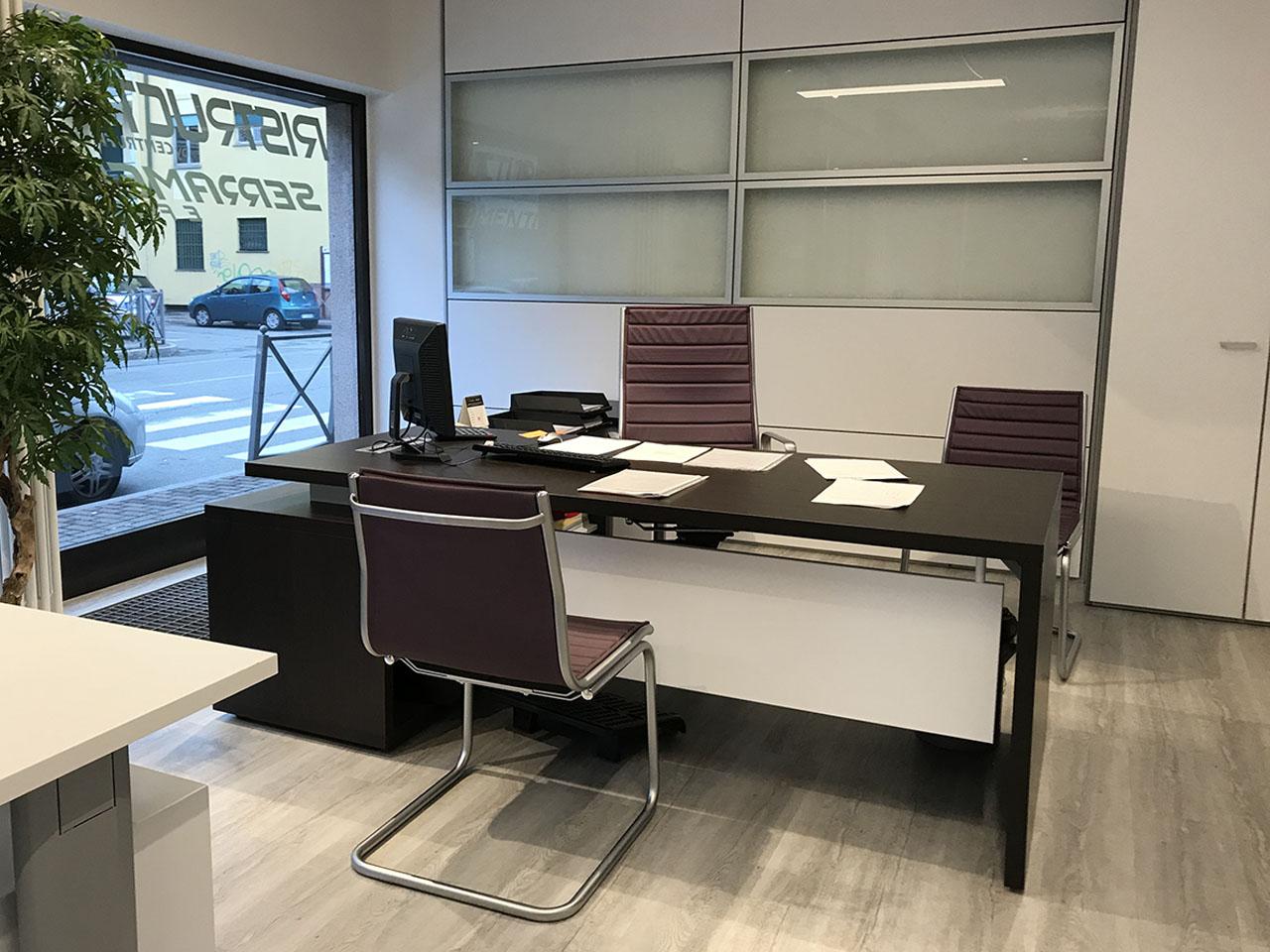 Scrivanie Ufficio Novara : Showroom novara centrufficio