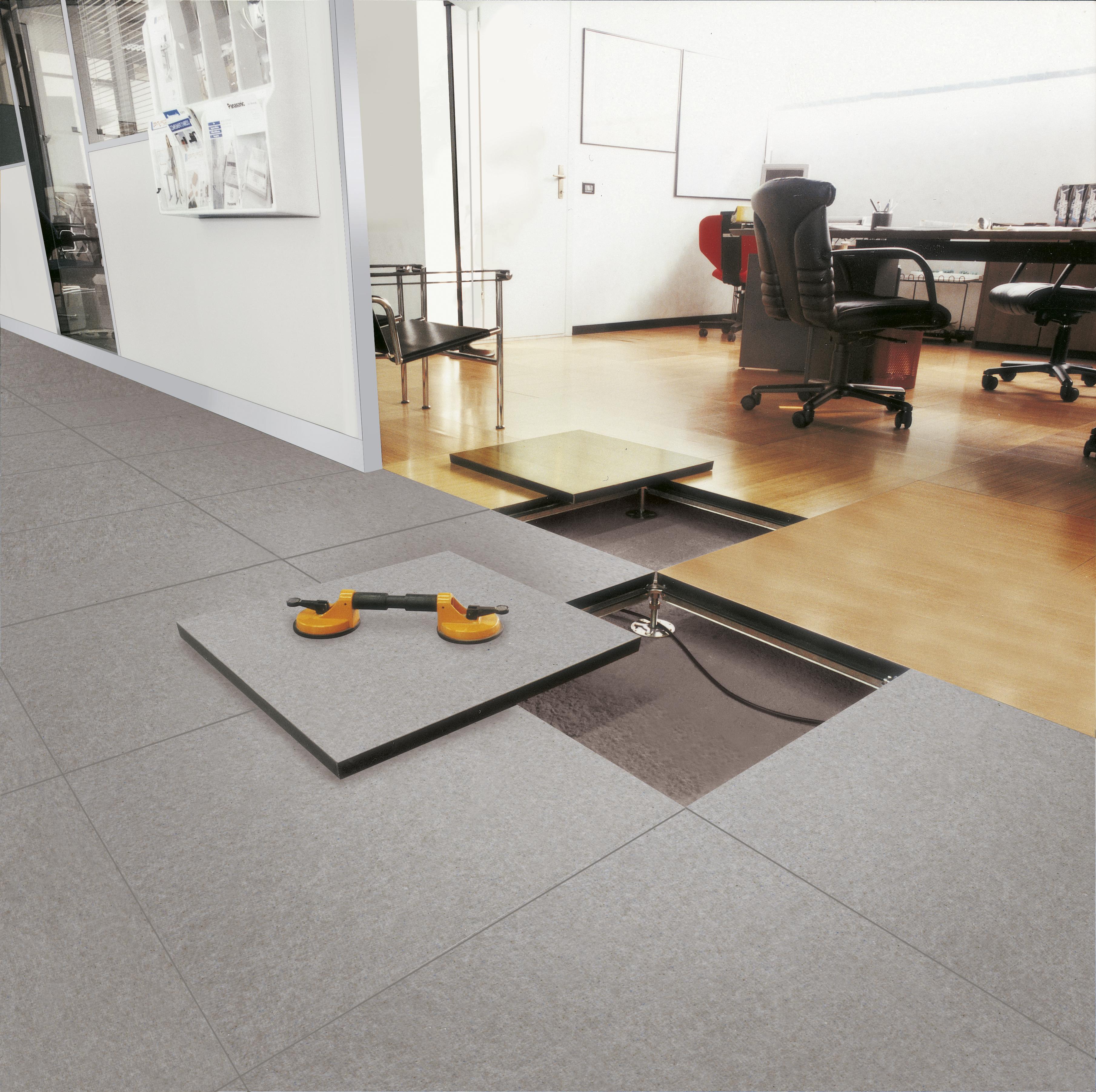 Pavimenti sopraelevati centrufficio - Nuovi pavimenti per interni ...