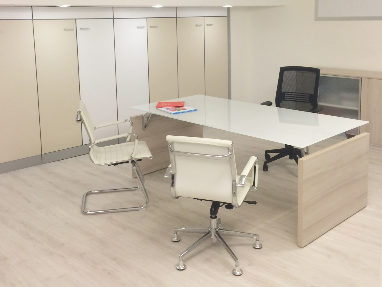 Sedie Ufficio Como : Showroom como centrufficio