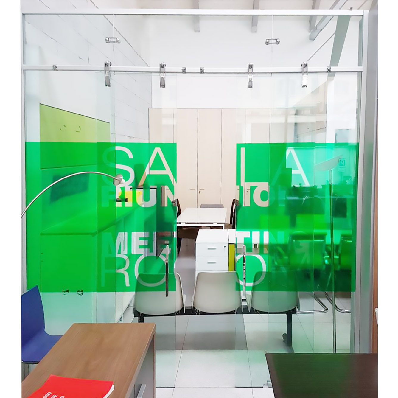 Parete divisoria in vetro con porta centrufficio - Parete divisoria in vetro ...